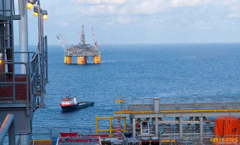 suudi arabistan petrol fiyatını düşürdü