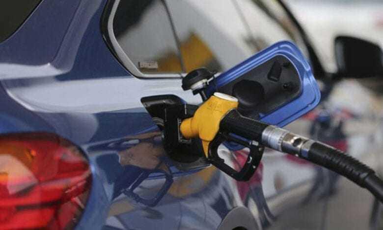 Flaş Gelişme: Benzin ve motorinde büyük indirim!
