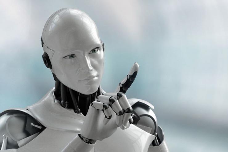 CORONA VİRÜSÜYLE MÜCADELE EDEN ROBOT